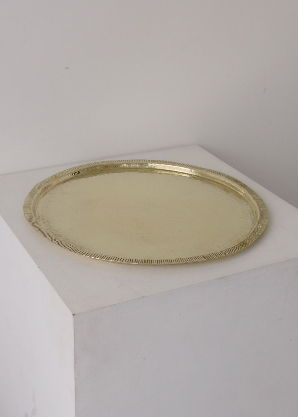 HAMMERED COPPER TRAY - yellow copper
