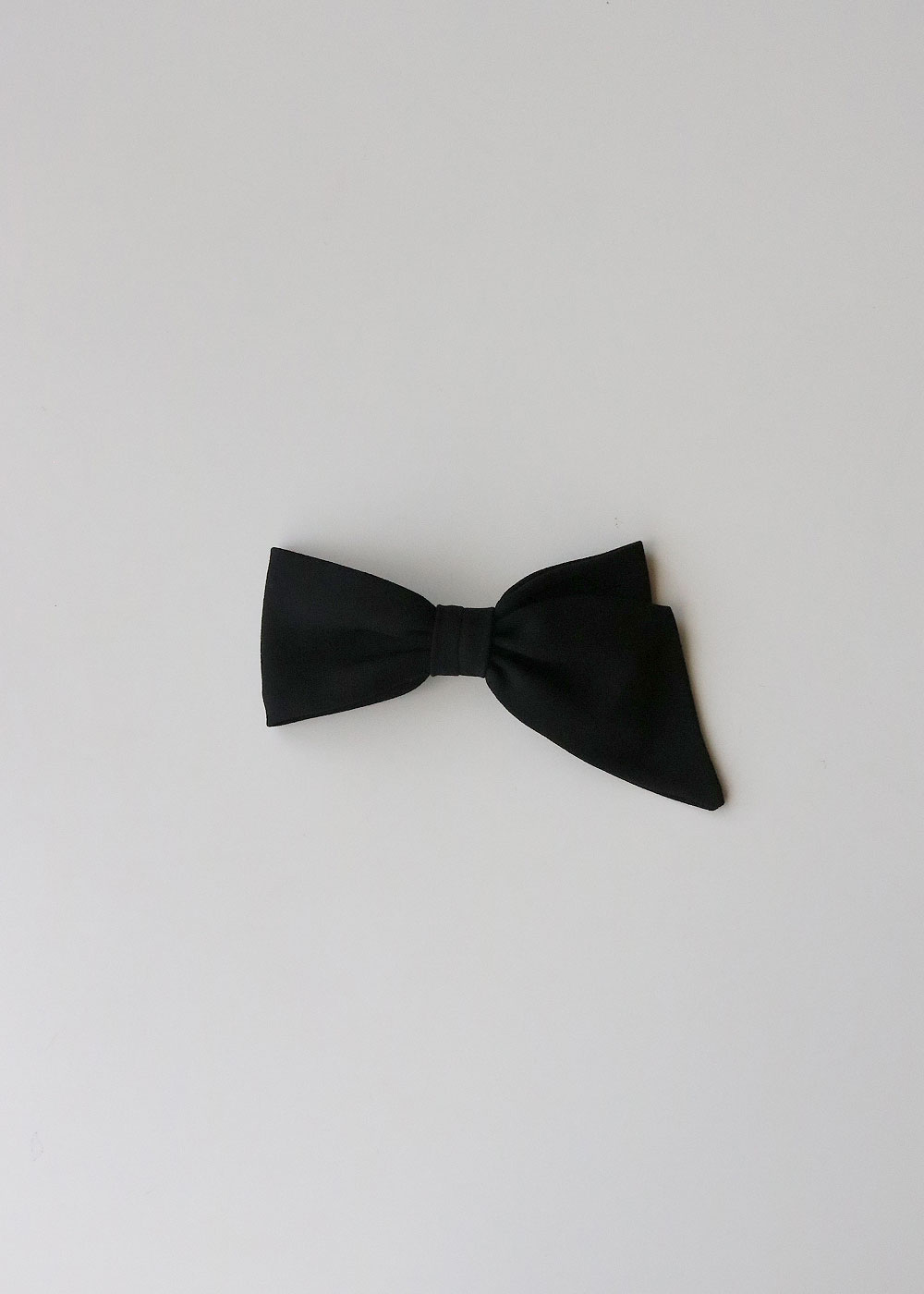 ASYMMETRICAL BOW