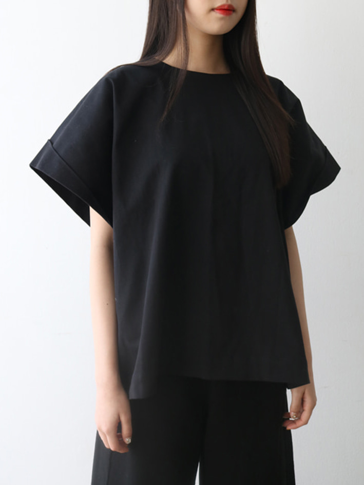 OVEN COTTON DOBBY TWISTED SLEEVE TOP