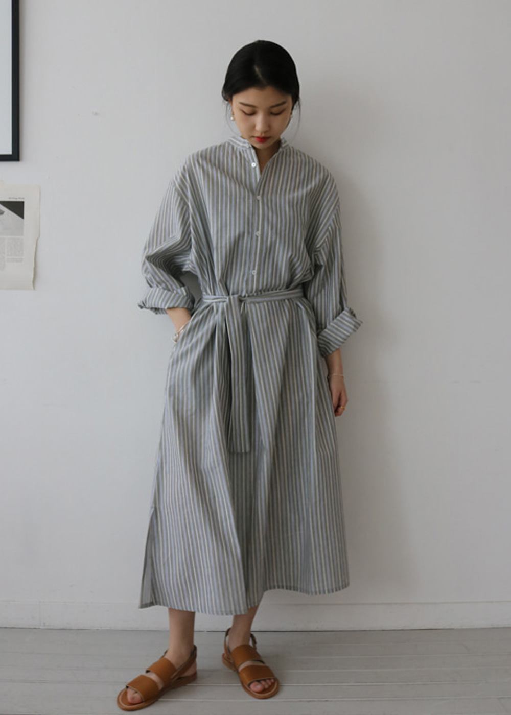 STRIPED MAXI SHIRT DRESS - khaki / blue stripes