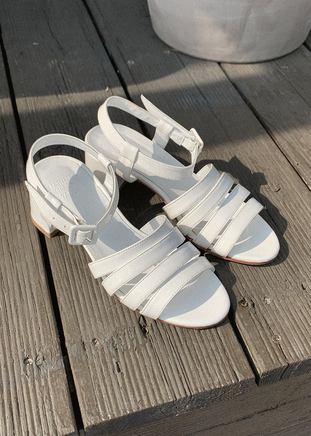 PALMA LOW SANDAL - white